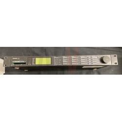 LOT N°177 : M2000 TC ELECTRONICS MULTIEFFET