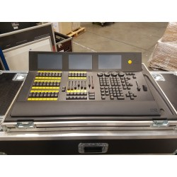 DOT 2  XL-F CONSOLE MA LIGHTING